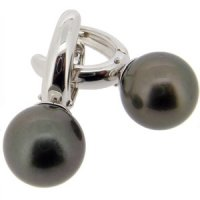 Tahitian pearl earrings in 18ct white gold